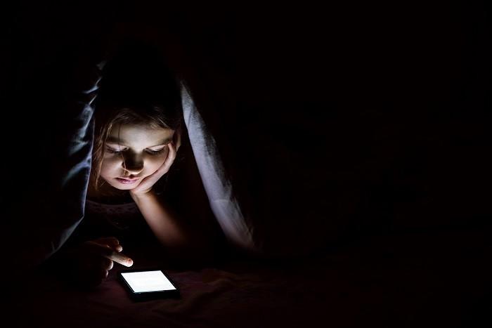 Çocuklarda Uykuya Dalma Güçlüğü (İnsomnia) Neden Olur?