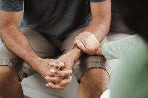 İntihar Düşüncesinin Önlenmesi Ve Tedavi Edilmesi
