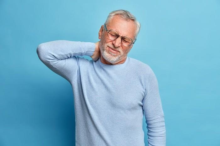 Boyun Düzleşmesi Ağrısı Nasıl Anlaşılır? Boyun Ağrısı Tedavisi