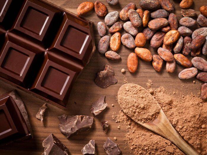 Çok Basit ve Pratik Bitter Çikolata Nasıl Yapılır?