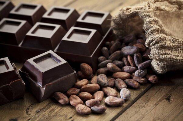 Demir İçeren Gıdalar Bitter Çikolata
